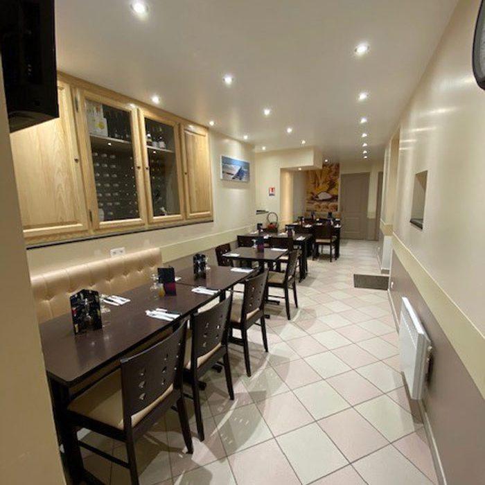 Pizzeria Le Prado Gournay en Bray vue salle intérieure restauration rapide