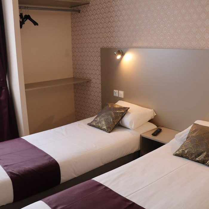 Chambre twins Hôtel de Normandie à Gournay-en-Bray
