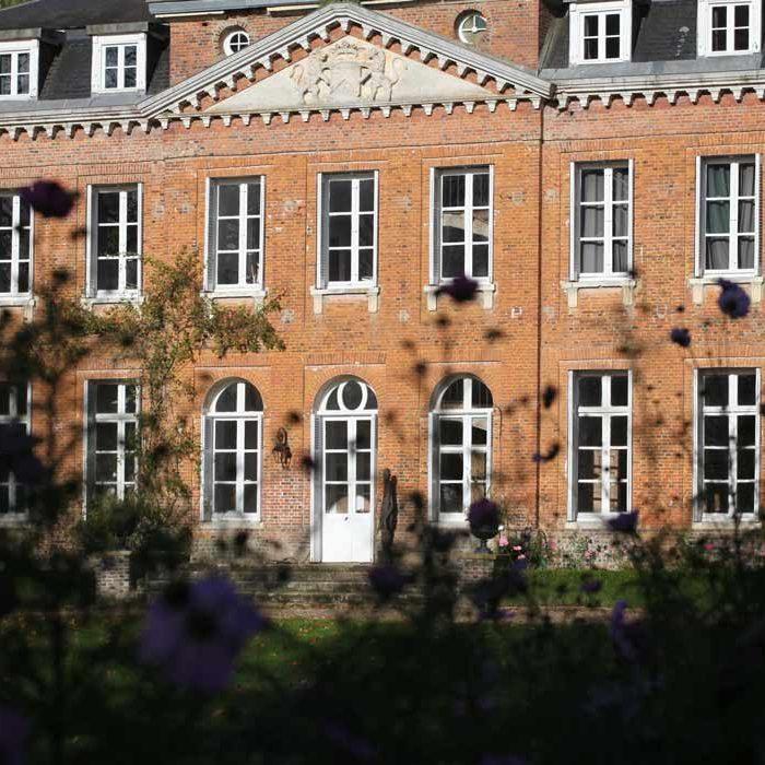 Jardin des sculptures Château de Bois-Guilbert nature
