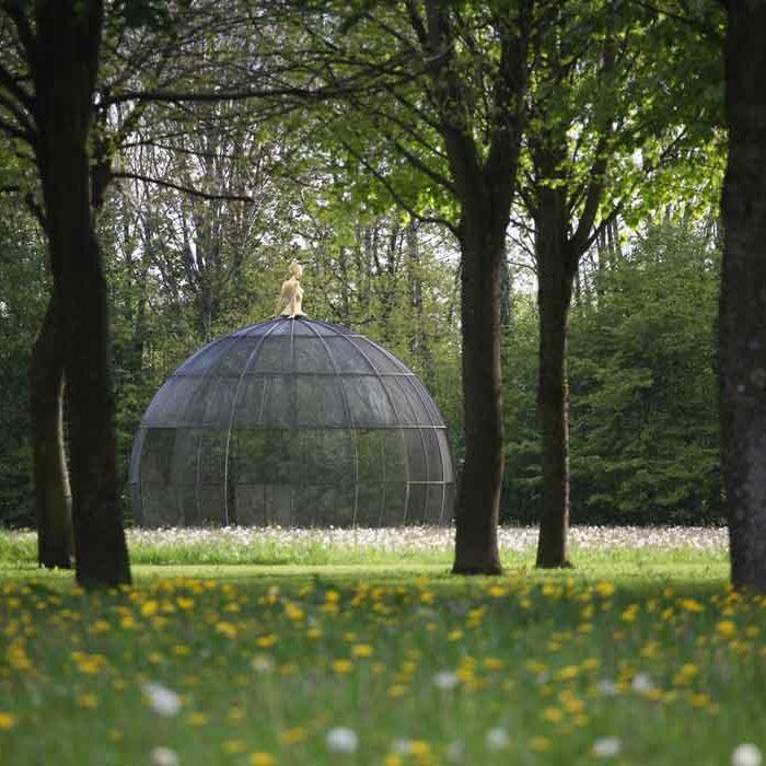 Jardin des sculptures Château de Bois-Guilbert vue jardin nature